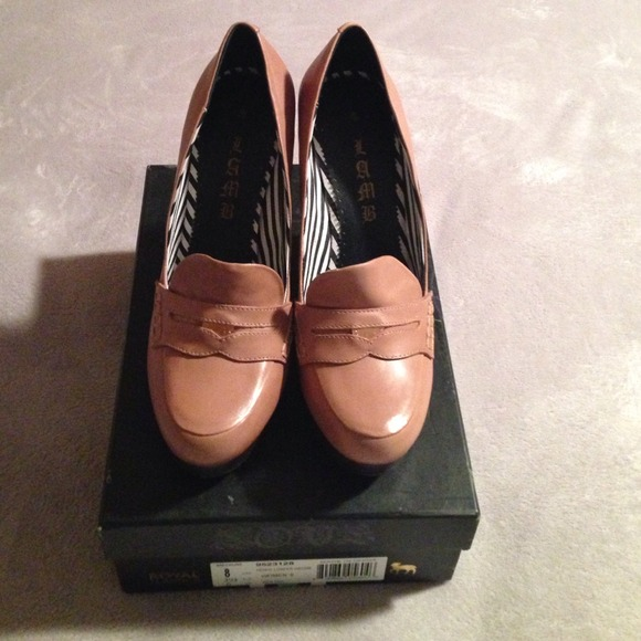 8d2b6ad5c32 L.A.M.B. Penney loafer wedge