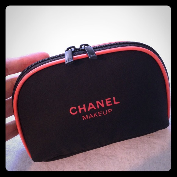 f48a77ac1ddfbf CHANEL Clutches & Wallets - Chanel small makeup bag pink trimming