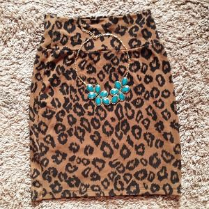 Dresses & Skirts - Cheetah Print Bodycon Skirt