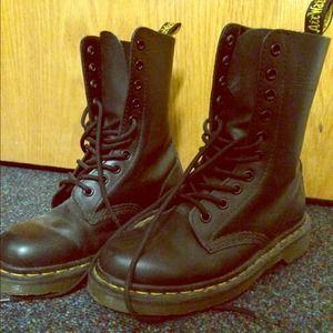Black, Dr Martens boots, size 6