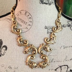 J.Crew Staggered Scrollwork Necklace!!