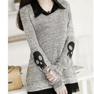 ️NWT Skull Sweater Set