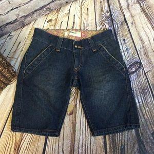 Levi's Pants - 🌺Levi's Slouchy Dark Denim Bermudas