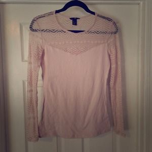 H&M Tops - H&M Blush Pink Lace Sleeve Tee