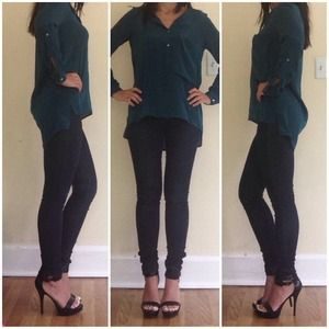 Zara women green button blouse XS