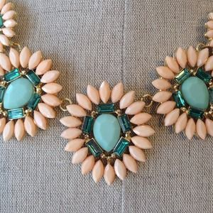 Jewelry - Peach and Mint statement necklace NEW 2