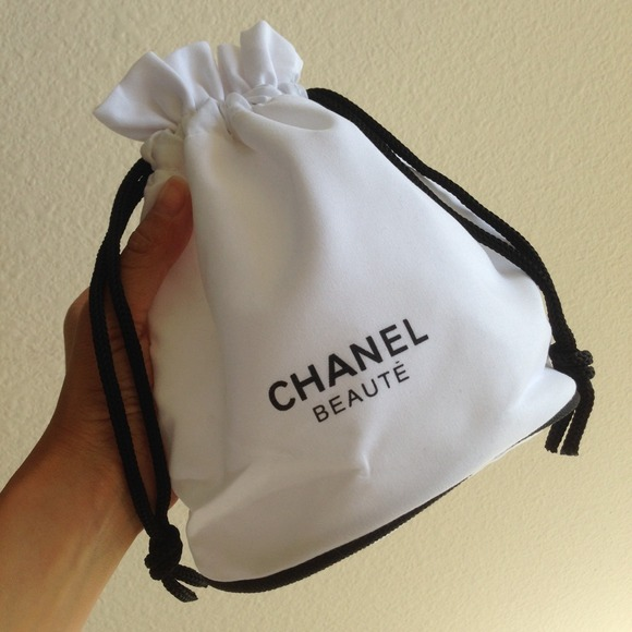29% off CHANEL Clutches & Wallets - Chanel Beaute white drawstring ...