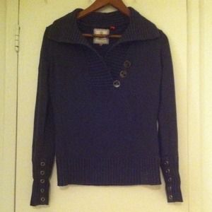 Esprit gray v neck sweater