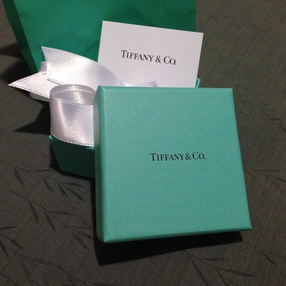758e3de846884 💯Authentic 🎁Tiffany Gift Set Gift Box & Gift Bag