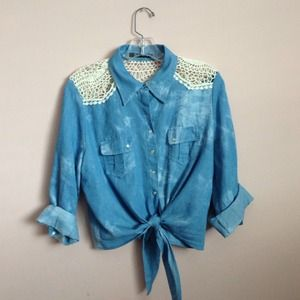 ❌ SOLD ❌ Denim button up with lace