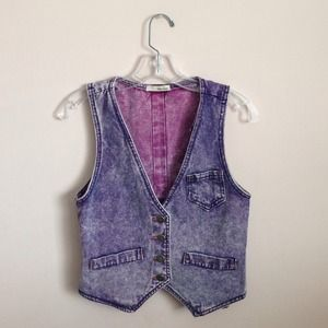 ❌SOLD❌ Acid wash denim vest
