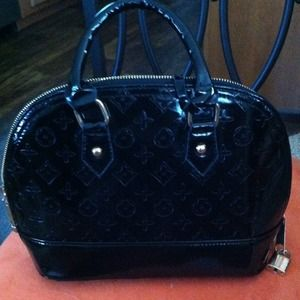 Handbags - Black patent purse
