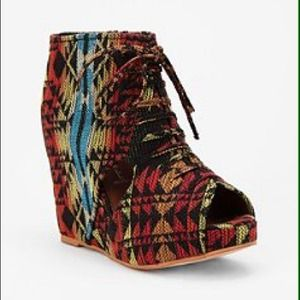 Jeffrey Campbell Shoes - Jeffrey Campbell Navajo pattern wedges