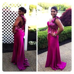 Fuchsia prom dress!