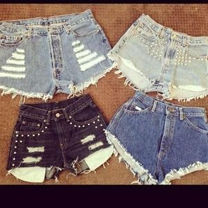 Jeans - 🎀👠High waisted shorts!🎀👠