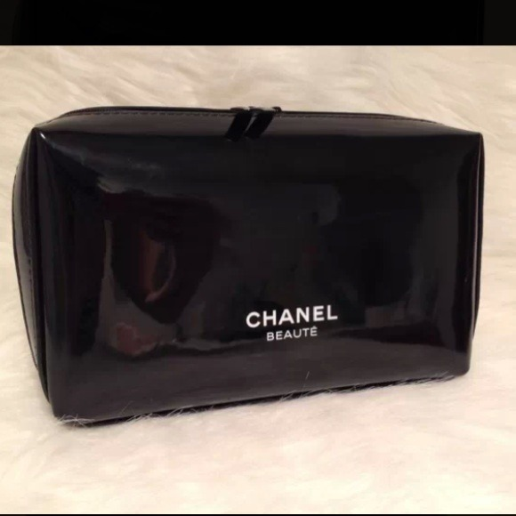 8 off chanel clutches amp wallets chanel beaute black