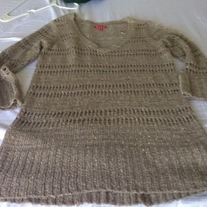 Sweaters - 3/4 sleeve light weight sweater