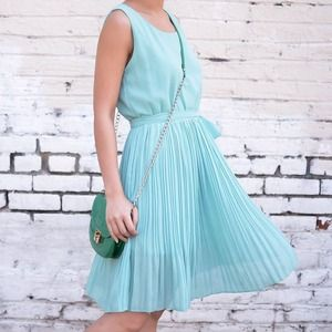 Ellie dress (mint)