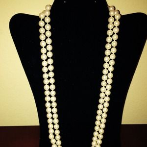 Jewelry - Pearls, pearls, and more pearls