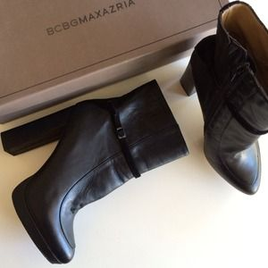 HP x2 • BCBG Tabitha Black Ankle Booties