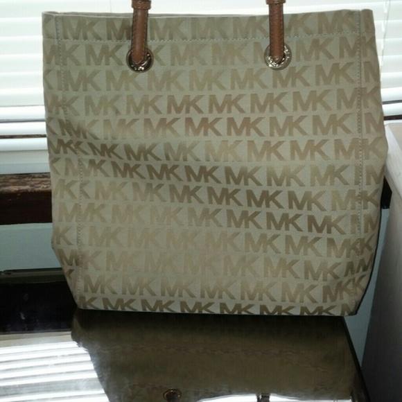 9e3ea3be0402 Michael Kors Bags | Mk Tan And Brown Tote | Poshmark