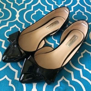 Halogen Shoes - Halogen Pointed Toe Bow Flats