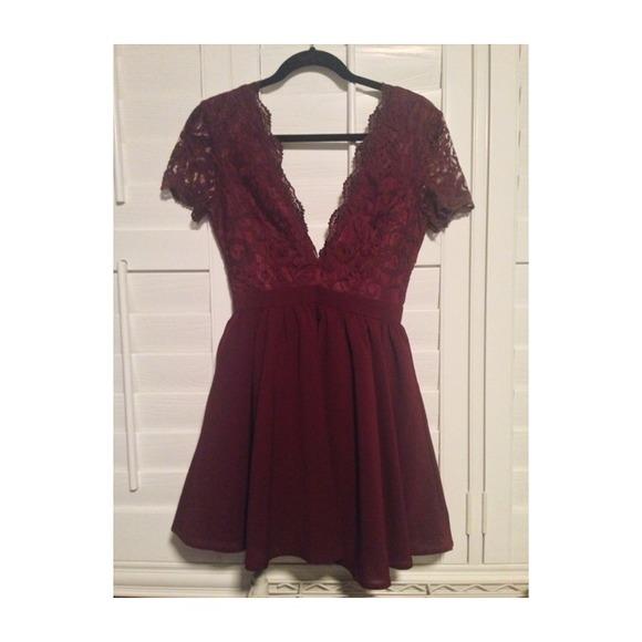 8c7ea02acfaa MISSGUIDED Dresses   Aleena Lace Plunge Neck Puffball Dress   Poshmark