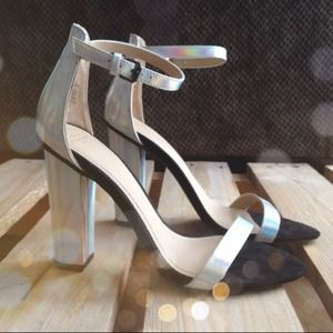 Zara Shoes - Amazing Zara Holographic Heels!