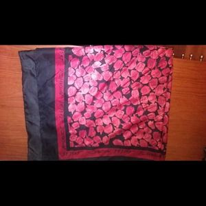 Betsey Johnson scarf