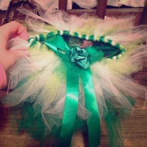 Dresses & Skirts - Green and white baby tutu