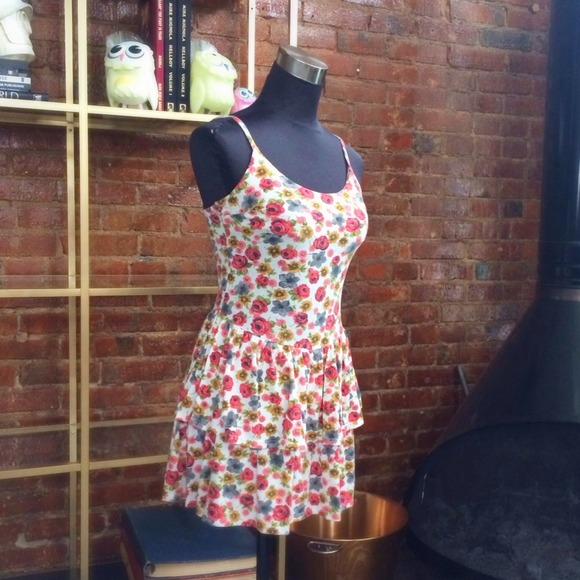 Urban Outfitters Dresses - HALF OFF SALE | Floral Jersey Dress