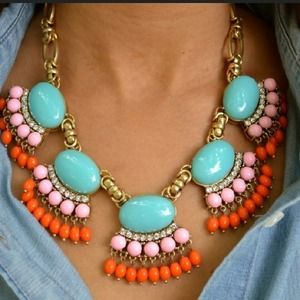 Mint fan fringe necklace