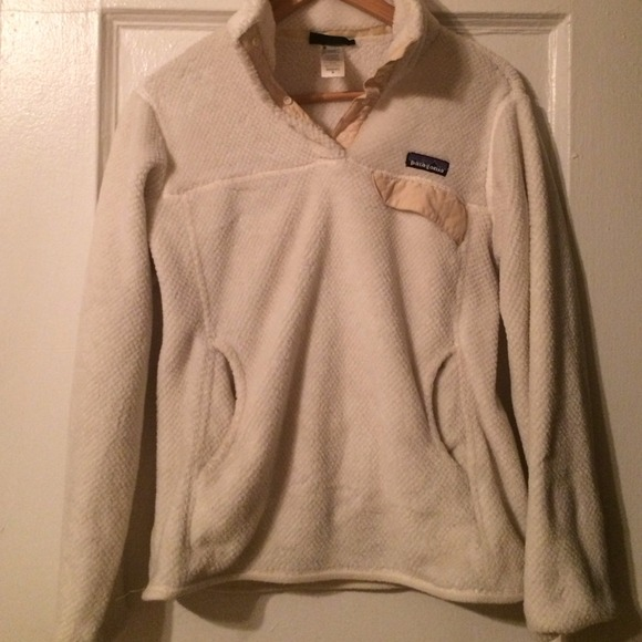 Patagonia - Patagonia cream pullover fleece sweater from Meg's ...
