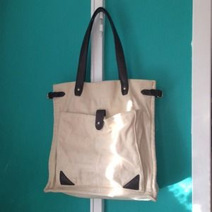 STYLISH CANVAS TOTE