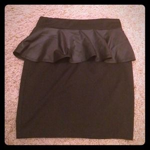 Hot!!! Leather Peplum skirt