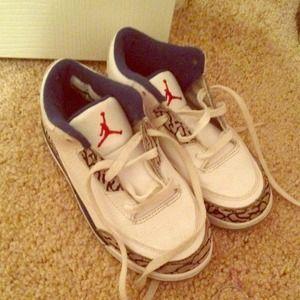 Shoes - 10C retro 3 Jordan's