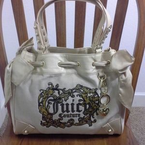 Juicy Couture Handbags - NWT Authentic Juicy Couture Velour Daydreamer