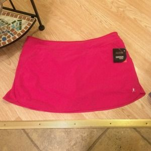 Danskin Now Dresses & Skirts - 🔆✨Hot Pink woven Skort🔆✨
