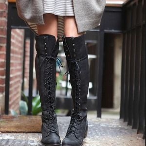 Boots - Over the knee Black boots
