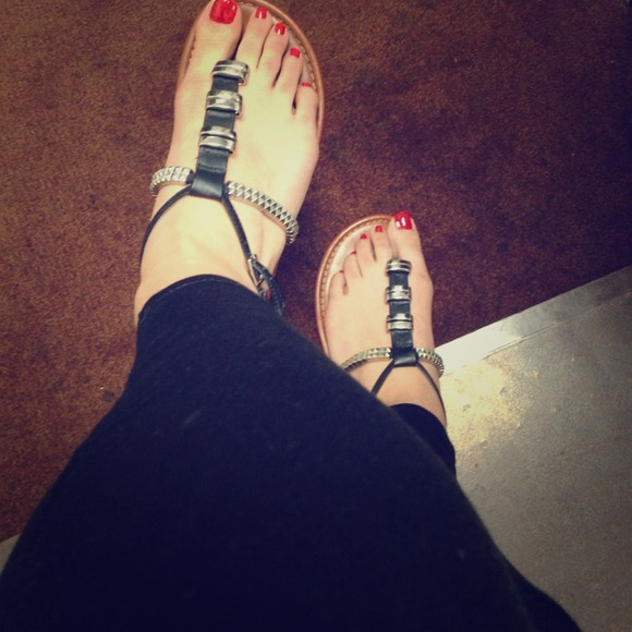 3372aea247 ALDO Shoes | 12 Price Black Leathers And Silver Sandals | Poshmark