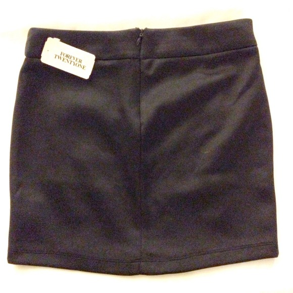 Forever 21 Skirts - Brand NEW* Forever21 black skirt w scale details