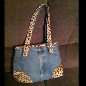 Handbags - Purse / bag