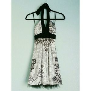 Speechless | Victorian Lace Print Halter Dress