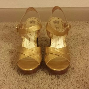 Juicy Couture Gold Sandals