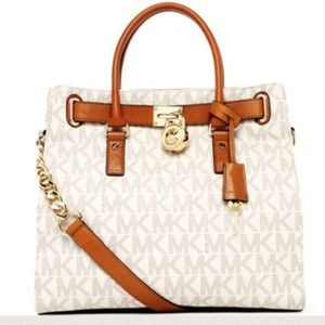 Michael Kors Handbags - Authentic Michael Kors Hamilton Large