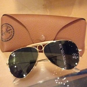 Classics RAYBAN aviators gold and tan