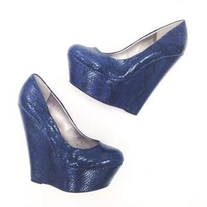 Sergio Zelcer Shoes - Navy Blue Snake Wedges