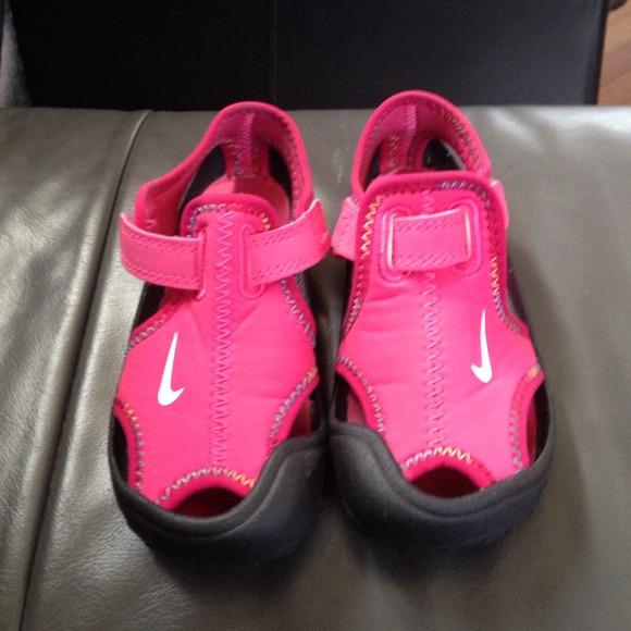 Toddler Girls NIKE Water/Beach shoes