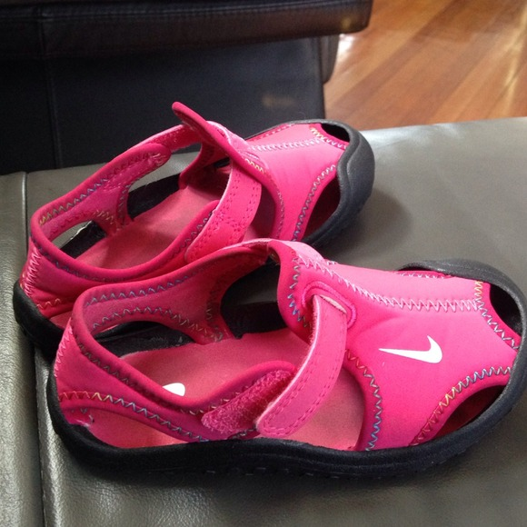 Nike Other Toddler Girls Water Beach Shoes