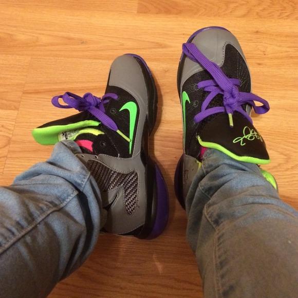 low priced 43d96 9d10d Kids Nike Lebron 9 Jokers size 2.5